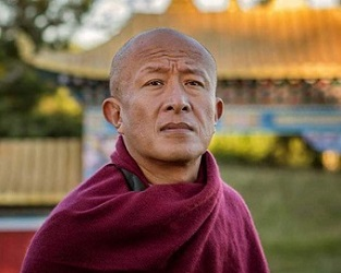 H.E. Dzongsar Jamyang Khyentse Rinpoche